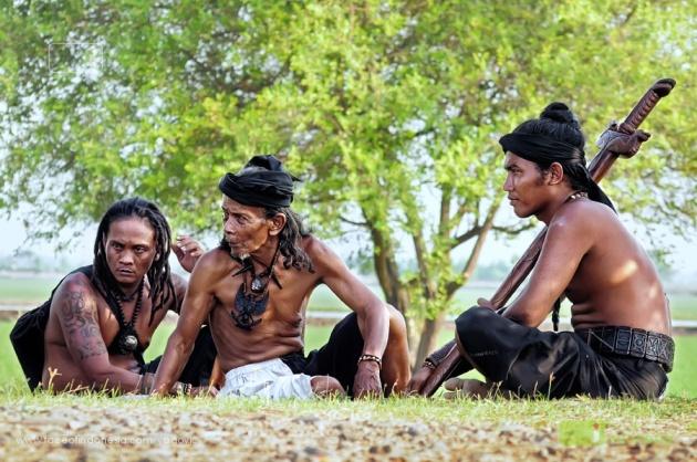 Suku Dayak Hindu Budha Bumi Segandu Indramayu